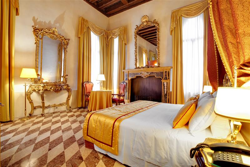 The Hotel Dona Palace is the best place to stay during your 24 hours in Venice